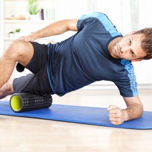 Faszientraining auf Yogamatte
